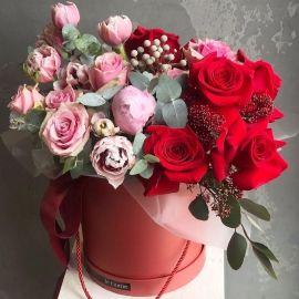 День матері: квіткова класика